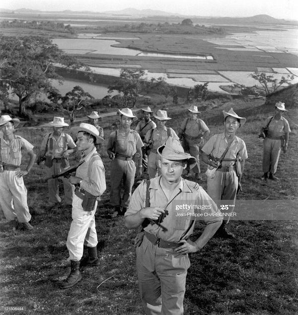 Солдаты 1951 Ж-Ф Шарбоннье.jpg