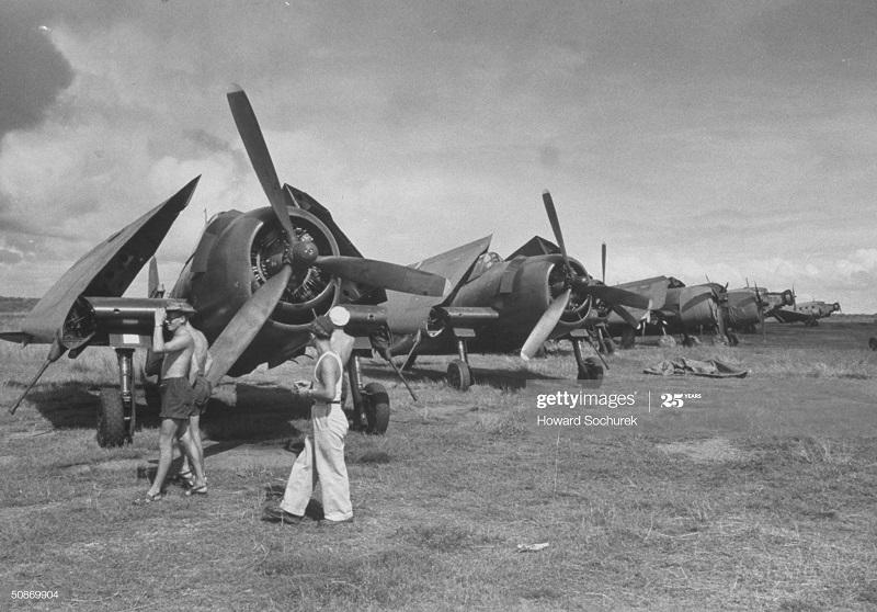 Самолеты Хелкатт 1950 говард Сохурек.jpg