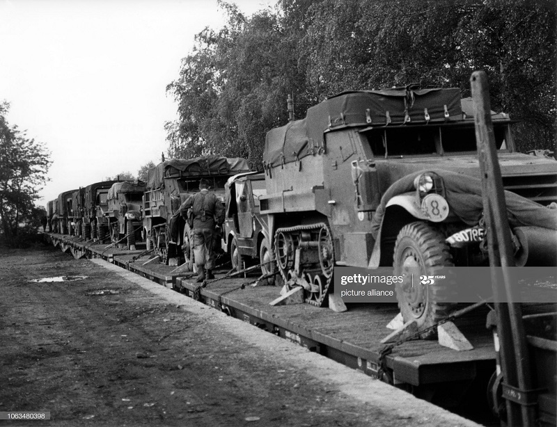 вывод войск из Германии в Алжир 25 апр 1961.jpg