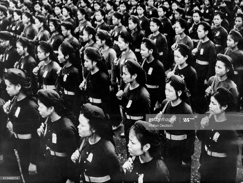 Вьетнамки в ополчении янв 1954.jpg