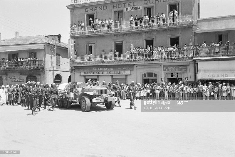 Тебесса похороны Дюпюи 24 мая 1955 Джек Гарофало11.jpg