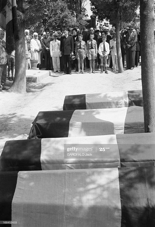 Тебесса похороны Дюпюи 24 мая 1955 Джек Гарофало15.jpg