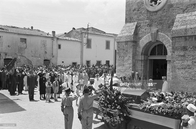 Тебесса похороны Дюпюи 24 мая 1955 Джек Гарофало16.jpg