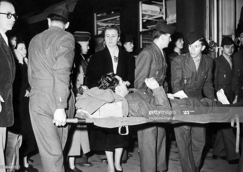 Раненый солдат приб в Лион 26 окт 1952.jpg