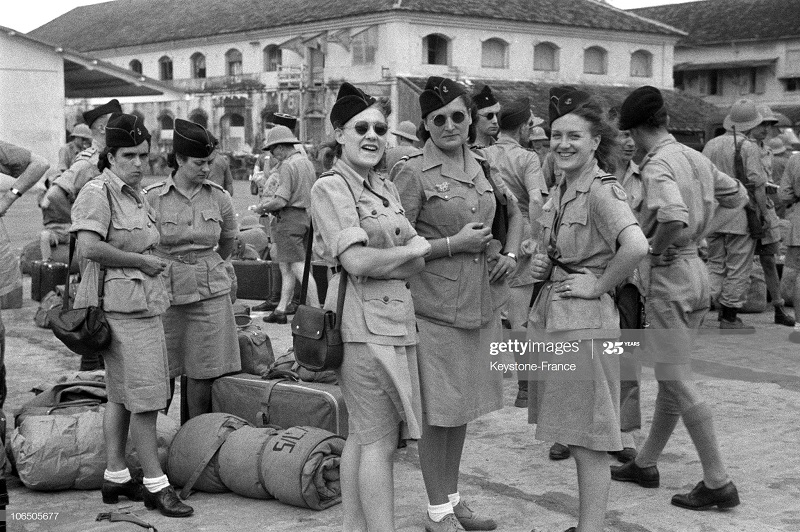 Солдаты женск всп сл 1947.jpg