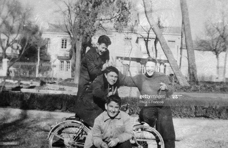 Аин Бейда похороны 3 детей июнь 1956 Ф паж дети.jpg