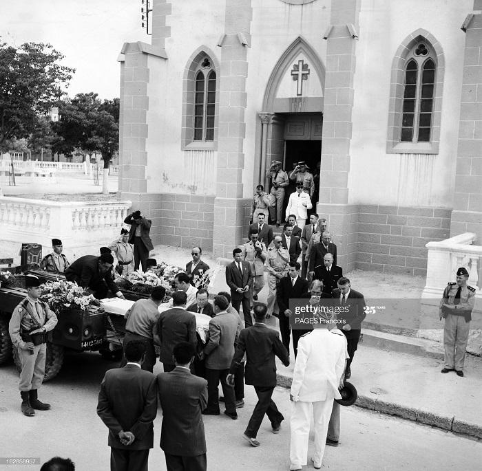 Аин Бейда похороны 3 детей июнь 1956 Ф паж4.jpg