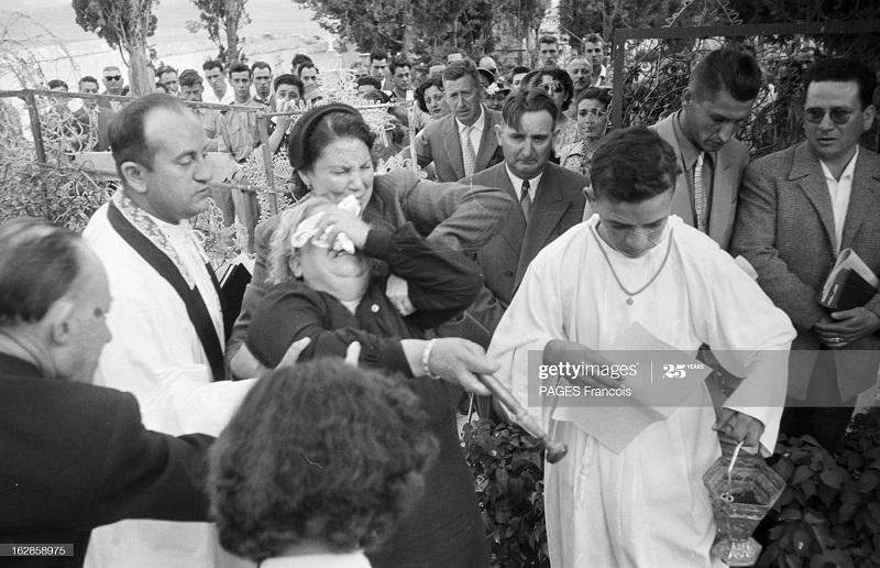 Аин Бейда похороны 3 детей июнь 1956 Ф паж5.jpg