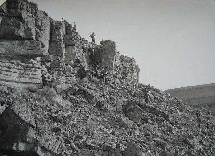 На скалах июнь 1957.jpg