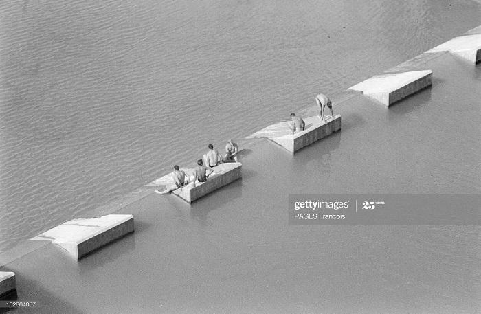 Константины деп север солд купаются возле электро плотины 27 мая 1955 ф паж3.jpg