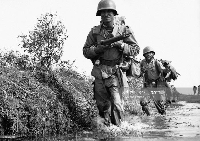 Фр солдаты во время зачистки Тонкина 16 янв 1953.jpg
