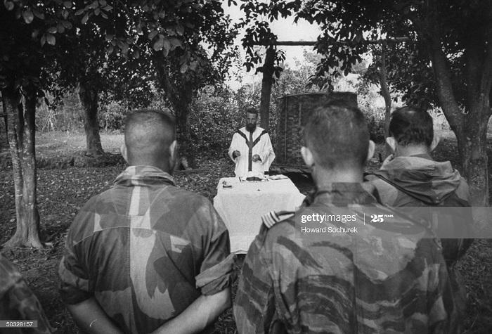 Служба нояб 1953 говард Сохурек2.jpg