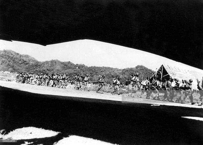 Фр войска к северу от Лунпрабанга июль 1954.jpg