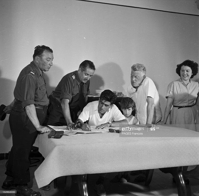 Батна регион июнь 1955 ф паж в семье колона.jpg