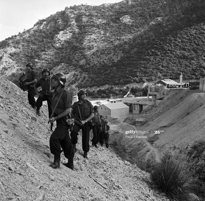 Батна регион патруль июнь 1955 ф паж.jpg