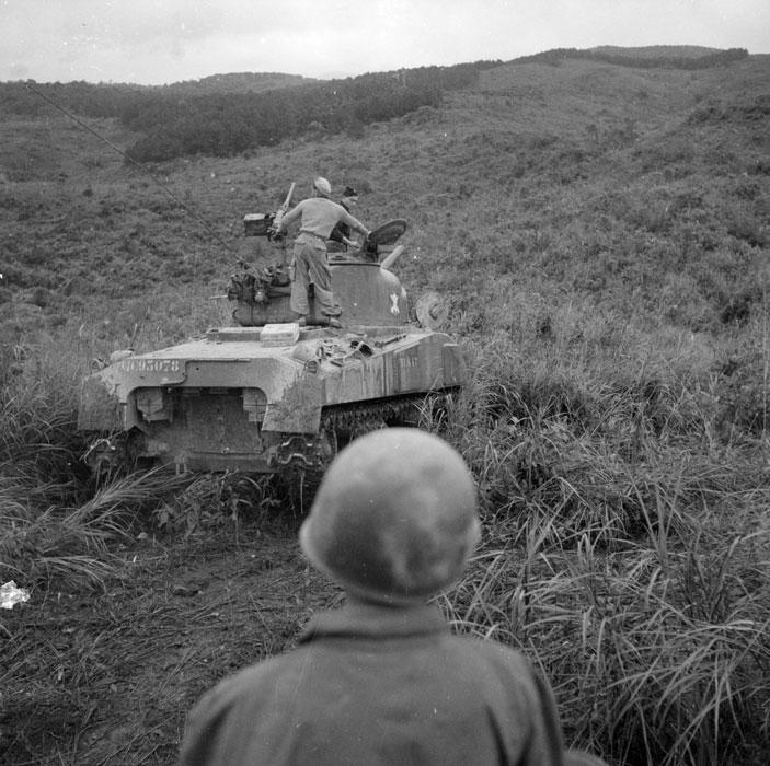 танк в Ту Ву янв 1952 2.jpg