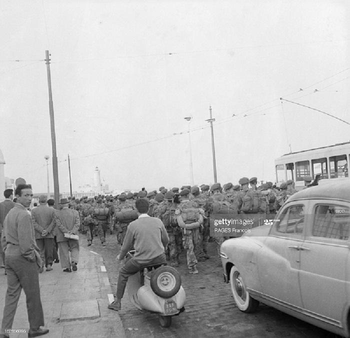Алжир город в касбе операция по контролю 17 мая 1956 Ф паж 4.jpg