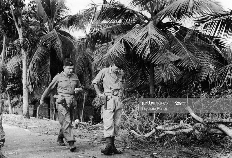 Массю в Индок 1947.jpg