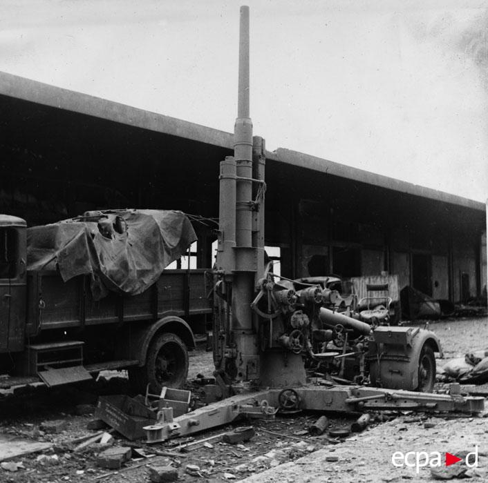 нем ПВО в Бастии окт 1943.jpg