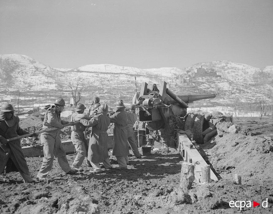 03  чистка ствола фев 1944 Ж белен.jpg