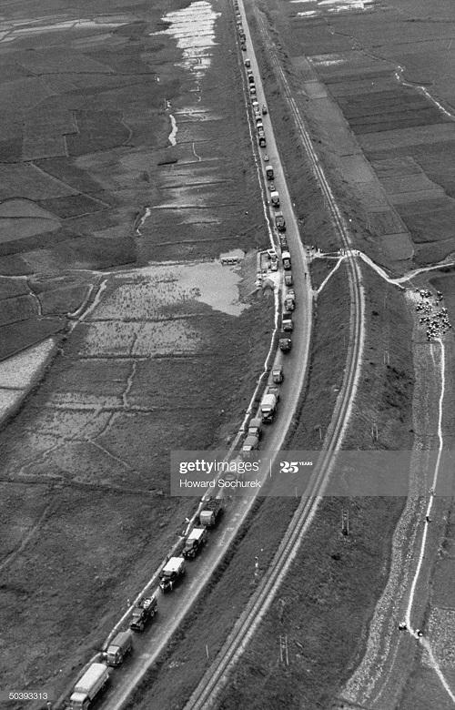 Конвой в районе Кр реки апр 1954 Говард Сухарек.jpg