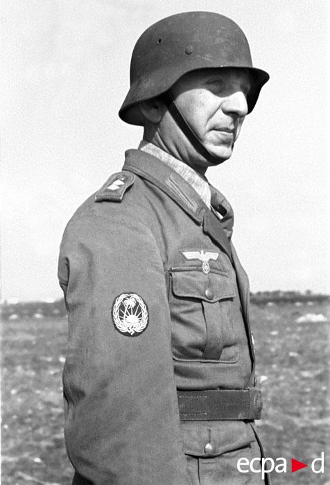 волонтер-араб нач 1943.jpg
