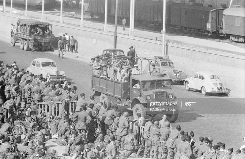 В Тлемсене Алжир Город Резервисты приб на кор Город оран 14 июня 1956 Ф паж3.jpg