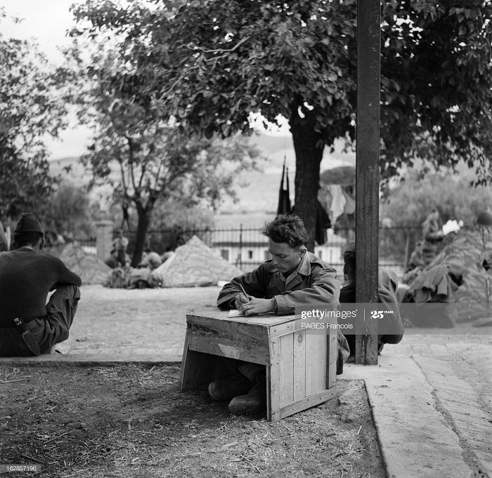 В Тлемсене резервисты 14 июня 1956 Ф Паж 5.jpg