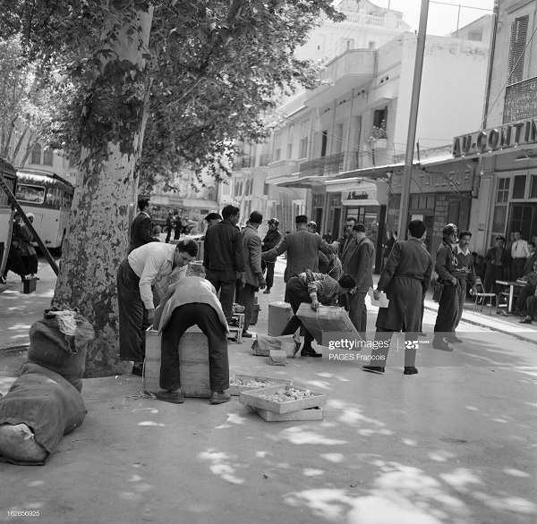 В Тлемсене на улицах 23 мая 1956 Франсуа Паж.jpg