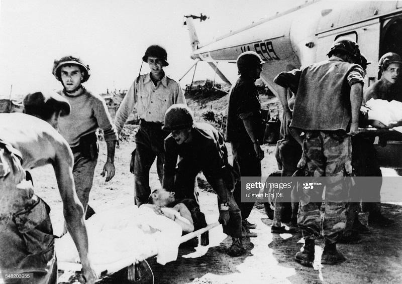 ДБФ эвакуация раненых 1954.jpg