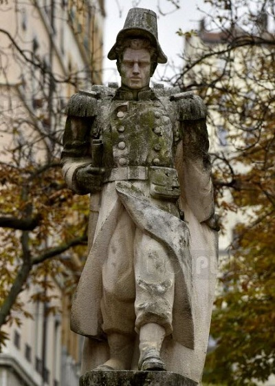 памятник Бландана в лионе.jpg