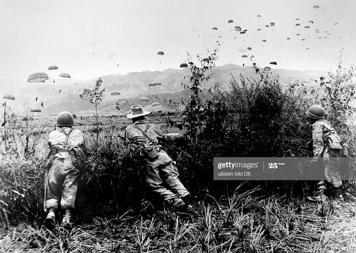 ДБФ парашютисты 1954.jpg
