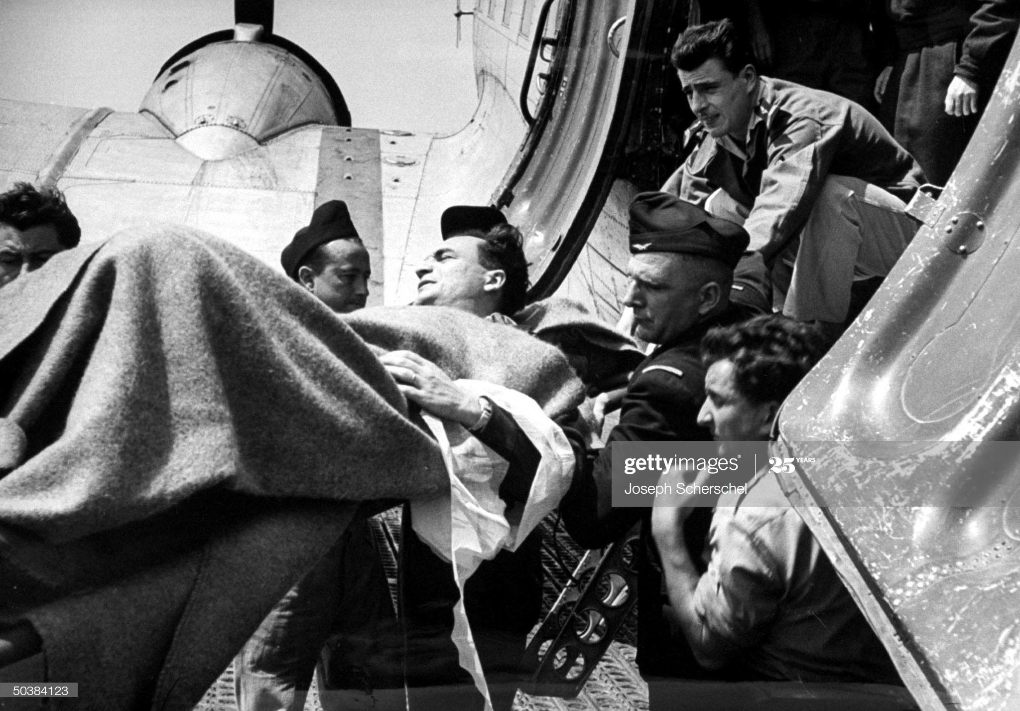 ДБФ Раненые в Ханое март 1954 Джозеф Шершель.jpg