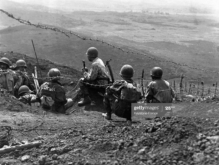 ДБФ Солдаты в ДБФ 1954.jpg