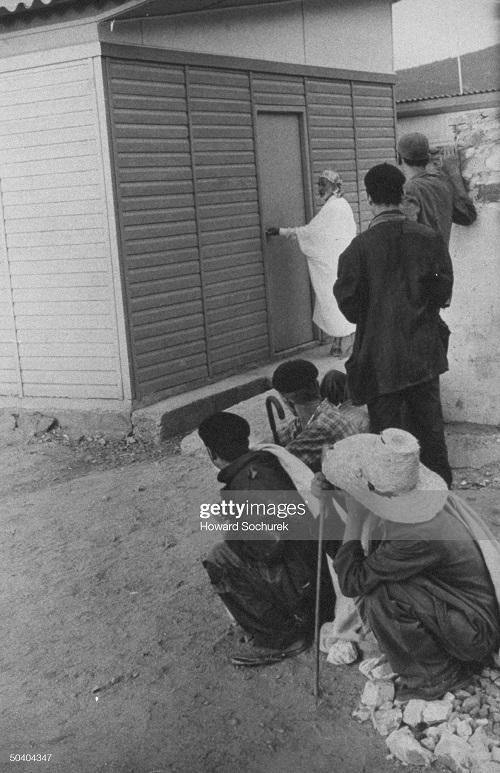в Алжире сент 1957 г сохурек.jpg