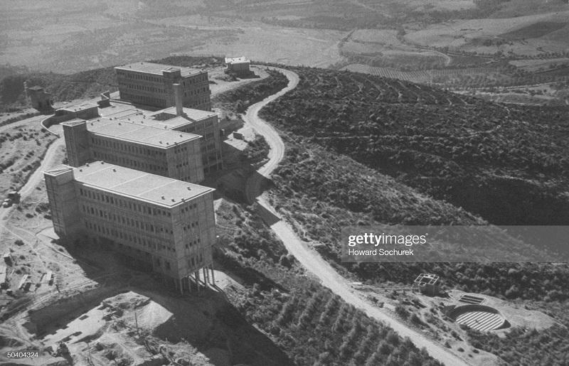 новые кварталы на окраинах алжира сент 1957 г сохурек 3.jpg