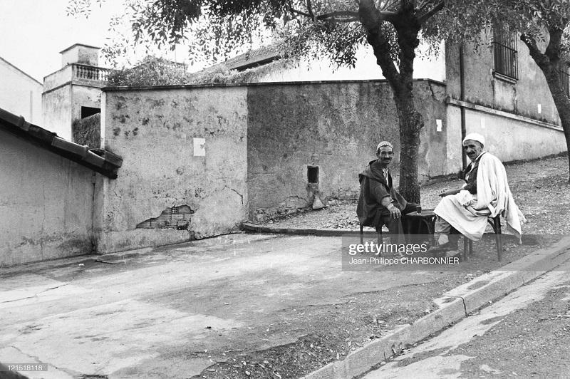кабилия в деревне 1957 Шарбонье2.jpg