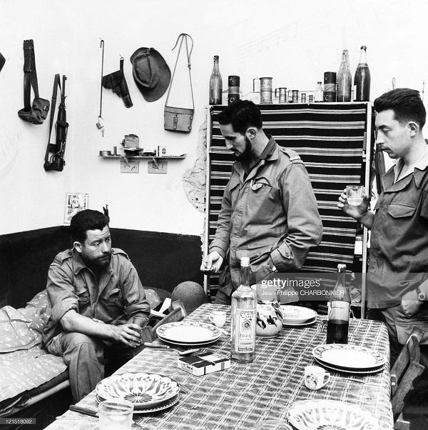 Кабилия ланч 1957 шарбонье.jpg