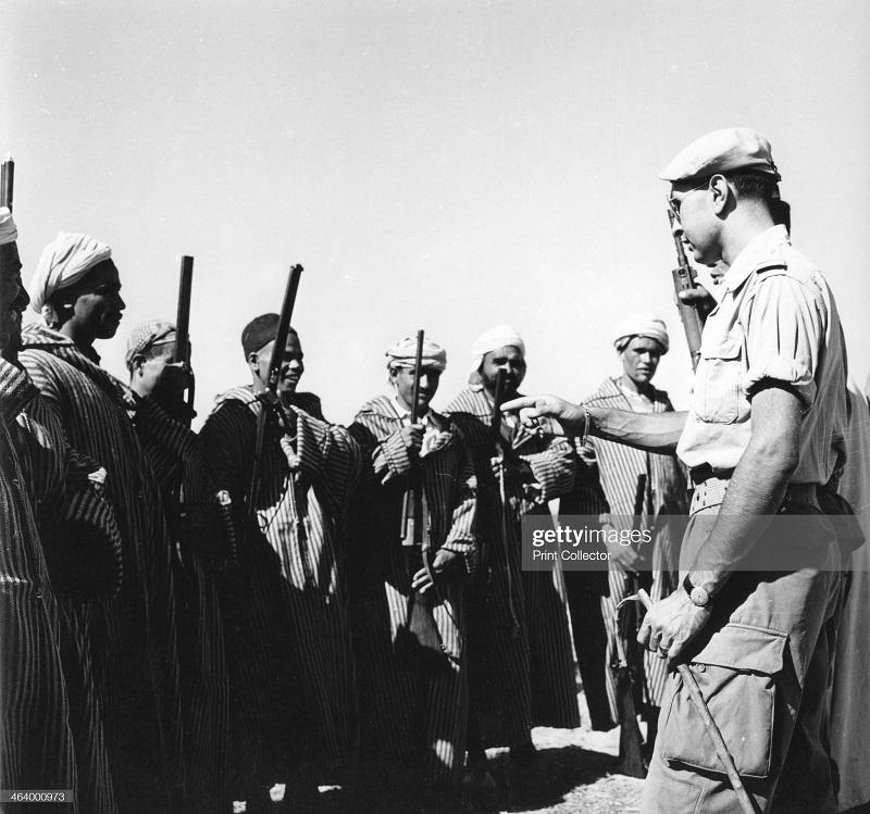 В алжире 1957 3.jpg