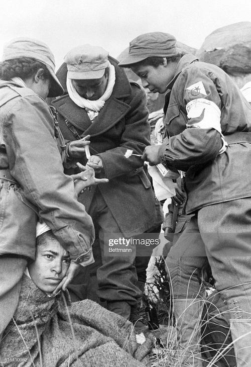 перевязка солдата фно 6 июня 1957.jpg