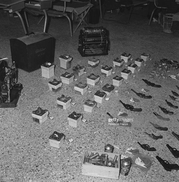 Трофеи битвы за алжир 16 фев 1957.jpg