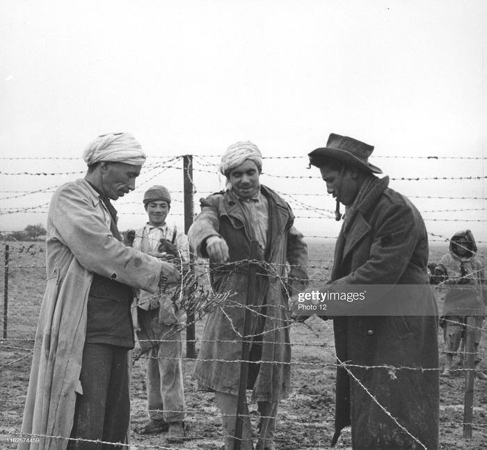 Закрытие алж тун границы 1957.jpg