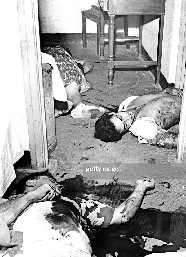 убитые на ферме кубера 60 км от Алжира авг 1957.jpg