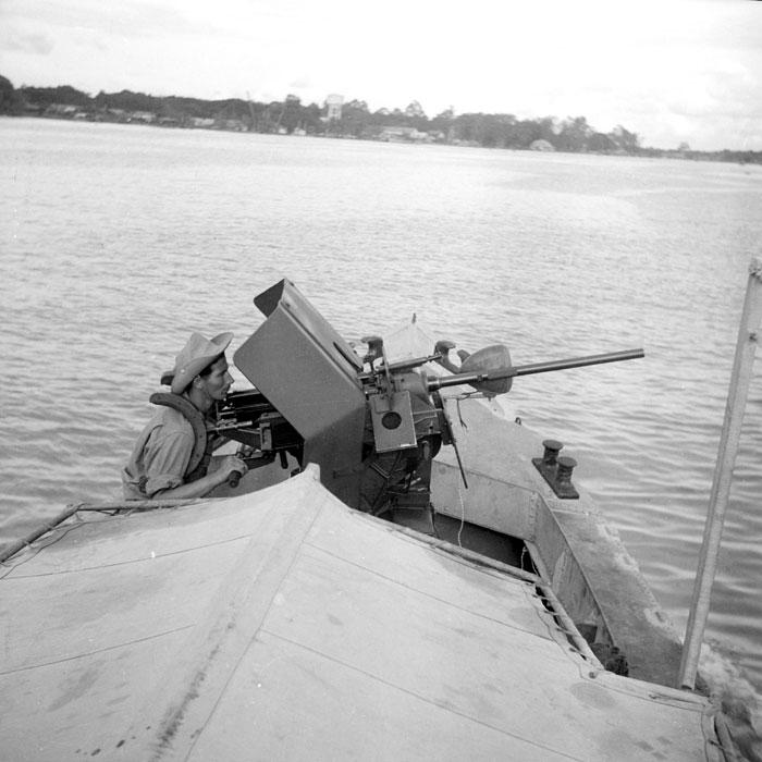 Бронир корабль дек 1947 Верне3.jpg