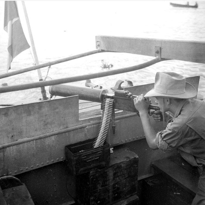 Бронир корабль дек 1947 Верне4.jpg