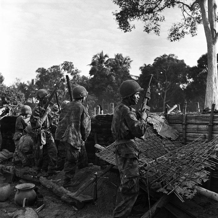 На посту в банх хин сью янв 1954 п феррари.jpg