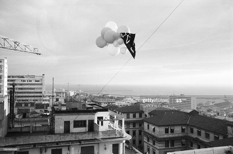Алжир город  после маниф и взрывов ОАС 13 нояб 1961 Джек Гарафало 4.jpg