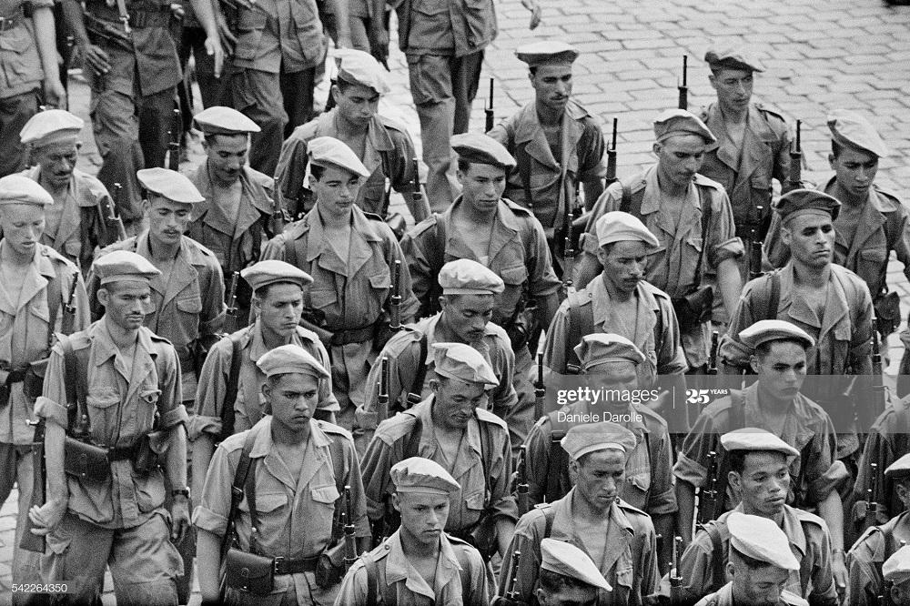 В городе Алжир май 1958 Даниэль Дарроль4.jpg