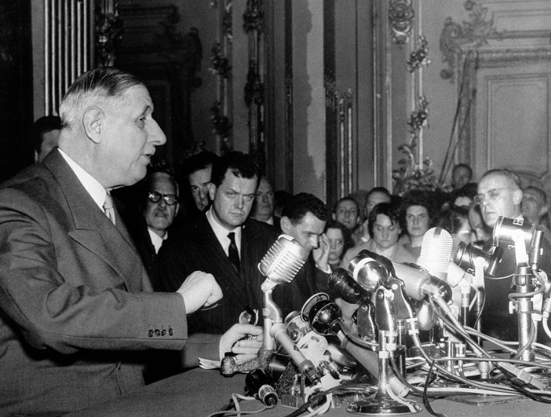 Конференция в Пале Орсэ 19 мая 1958 500 журн.jpg