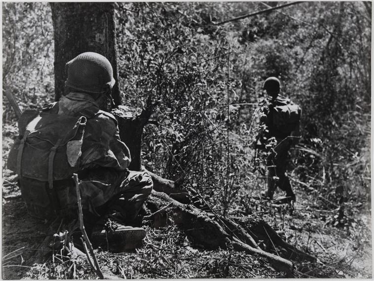 патруль к запада от ДБФ разведчик настороже 14 янв 1954.jpg